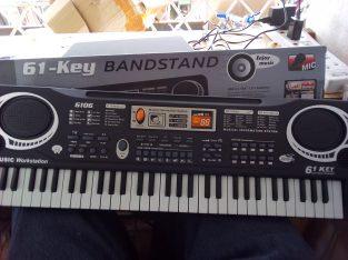 61 keys kids pianos